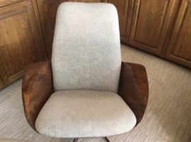 MCM molded plywood lounge chair