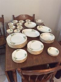 Vintage Lilly of the valley (Syracuse China)