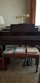 CABLE   BABY GRAND PIANO W/BENCH   ---   VINTAGE MUSIC