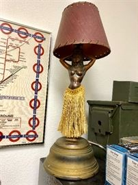 1940's hula girl lamp with hula motion