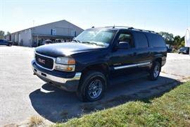 2004 GMC Yukon XL 2500 4X4......