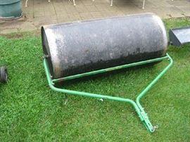"""John Deere lawn roller, 24""""x48"""""""