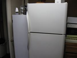 Like-new refrigerator