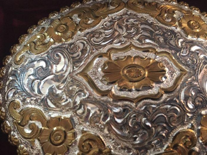 Large belt buckle