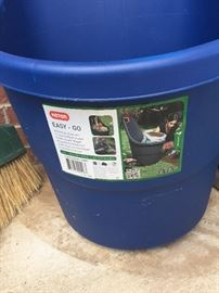 Yard potting container