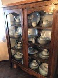 Beautiful china cabinet!