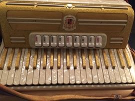 Marotta accordian up close