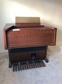 Lowrey Organ 1993 MX 2 $250