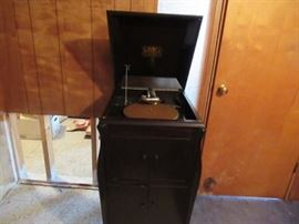 Victor talking machine. one of the earliest record players.