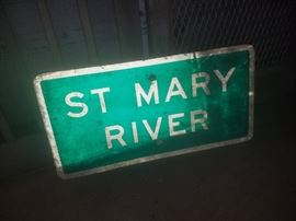 ST MARY RIVER sign