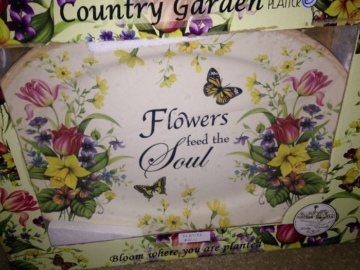 "Boxed ""Flowers feed the Soul"" platter"