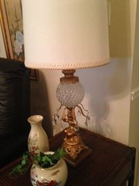 Another vintage lamp
