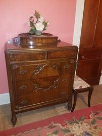 Ornate dresser w/drawers on top
