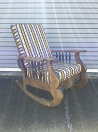 Antique Rocker/Recliner with Removable Cushions         https://ctbids.com/#!/description/share/53169