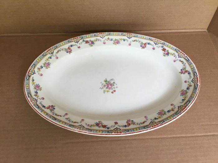 WH Grindley and Co. Serving Platter   https://ctbids.com/#!/description/share/53092
