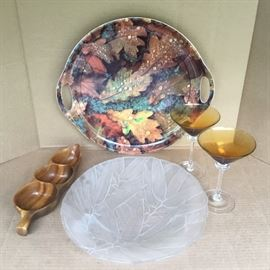 Serving Trays, Wooden Dish and Martini Glasses https://ctbids.com/#!/description/share/53061