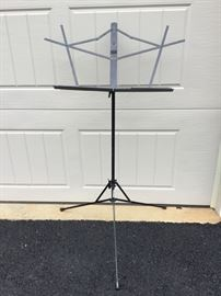 Adjustable Metal Music Stand             https://ctbids.com/#!/description/share/53062