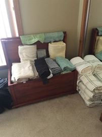 Very nice towels and hope chest.
