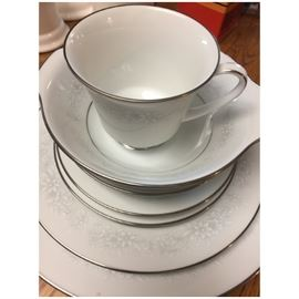 Noritake China Cumblerland pattern 12 place setting with serving pieces