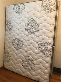 #40pillow top queen mattress set w frame  $175.00