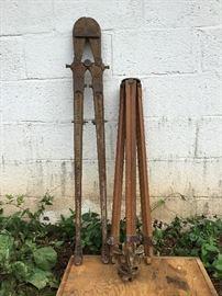 Surveying Equipment   https://ctbids.com/#!/description/share/53426