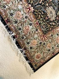 Hand-made wool and silk area rug - 9 x 12 - Pakistan