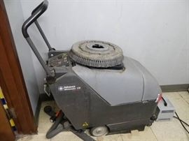 Advance Micromatic Floor Cleaning Machine 17B Mode ...