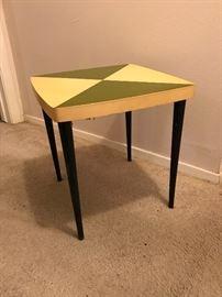 """MCM Custom Avocado & Yellow Side Table (15"""" x 15"""" x 15"""")  39"""