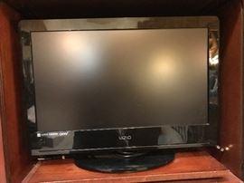 "Visio 27"" Flat Screen TV  90"