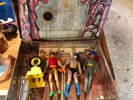 "Vintage Original 1974 Mego BATMAN BATCAVE Playset for 8"" Action Figures - includes bat computer, bat signal, batpole, 3 action figures"