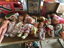 Loads of vintage Baby Dolls