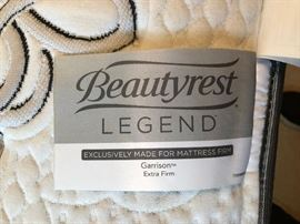 Like New Beautyrest Legend Exclusively Made for Mattress firm Garrison Extra firm