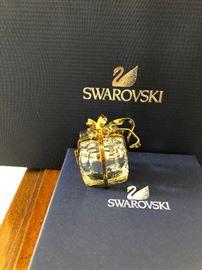 Swarovski Present clock