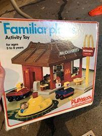 Playskool Familiar Places McDonalds