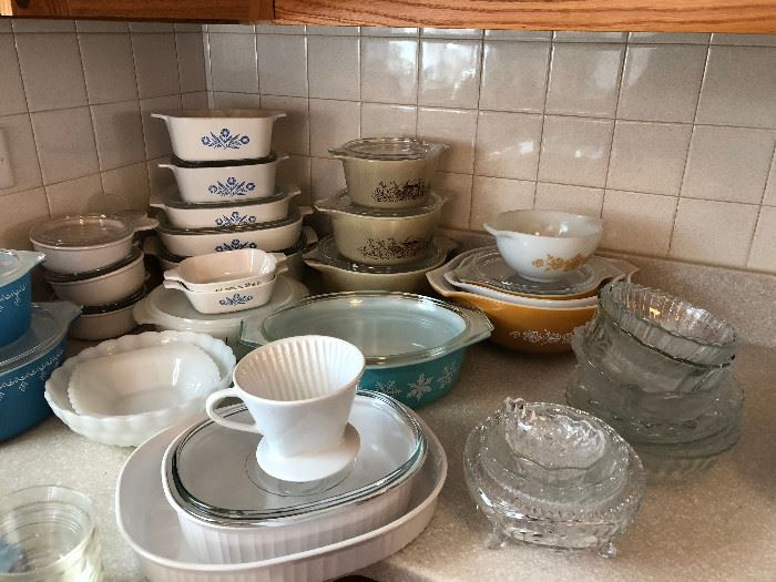 Vintage Pyrex and Corning ware