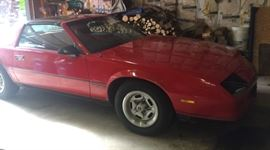 1987 Camaro 2.8 auto 97,584 miles T-Top  rear quarters rusty in wheel wells We will be pre-selling , call for details and to set up a showing.