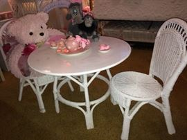 Cute little girls wicker table and chairs