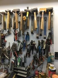 SEVERAL HUNDRED HAND TOOLS