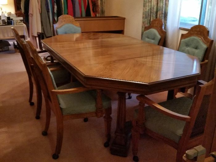 "Dining Table & 6 Chairs, 2 leafs, w/pad (not shown) 80""Lx44""Wx29""H"