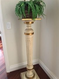 Wood with gilt accents pedestal plant stand