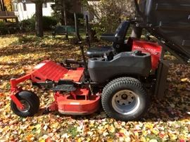 Gravely 252Z O turn Lawnmower 275 hours