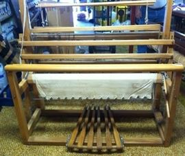Le Clerc 46 inch rug loom with two harnesses (can add up to 2 more.)  Extra reed included