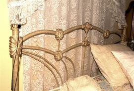 Queen Size Bed, Mattress