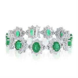 LOT862 Emerald  Diamond Bracelet