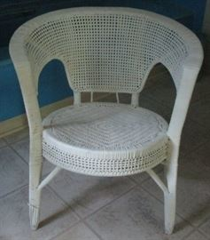 Wicker painted white vanity chair
