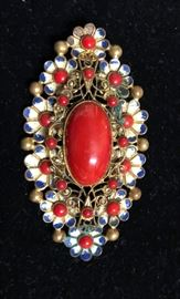A very large collection of stunning brooches