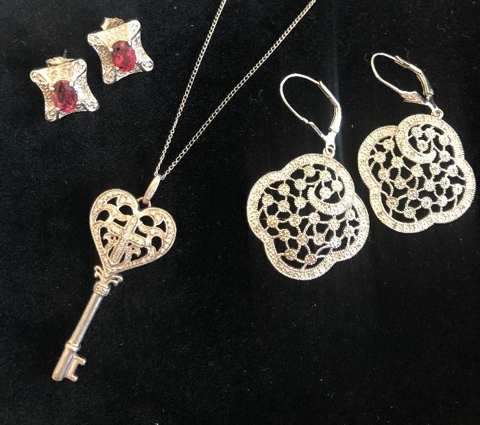 Nice selection of Sterling and Diamond pieces