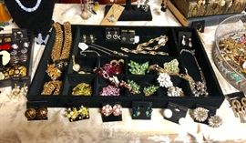 Timeless vintage earrings and brooches