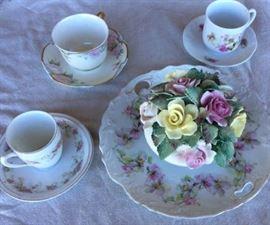 ICT005 Three Tea Cups & Bone China Flowers