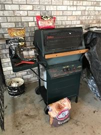 sunbeam grill, needs burner.  comes with items in photo